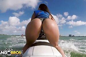 BANGBROS - Latina Pornstar Kelsi Monroe Shows Wanting Heavy Ass, Rides Jetski plus Cock!
