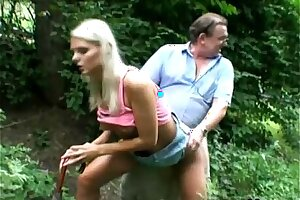 Perv Padre Bangs Hot Peaches Teen In the lead Greens